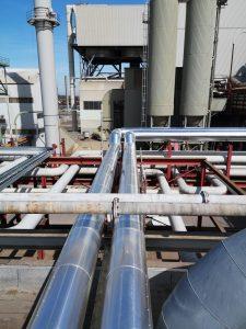 Izolacja rurociągów, zbiorników oraz termalnych systemów olejowych w Beeskow.